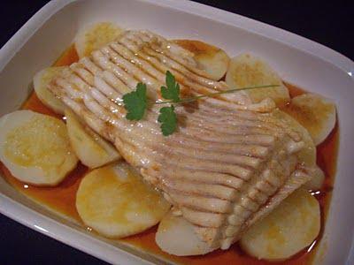 Raya en caldeirada recetas que nunca fallan for Cocinar raya a la gallega