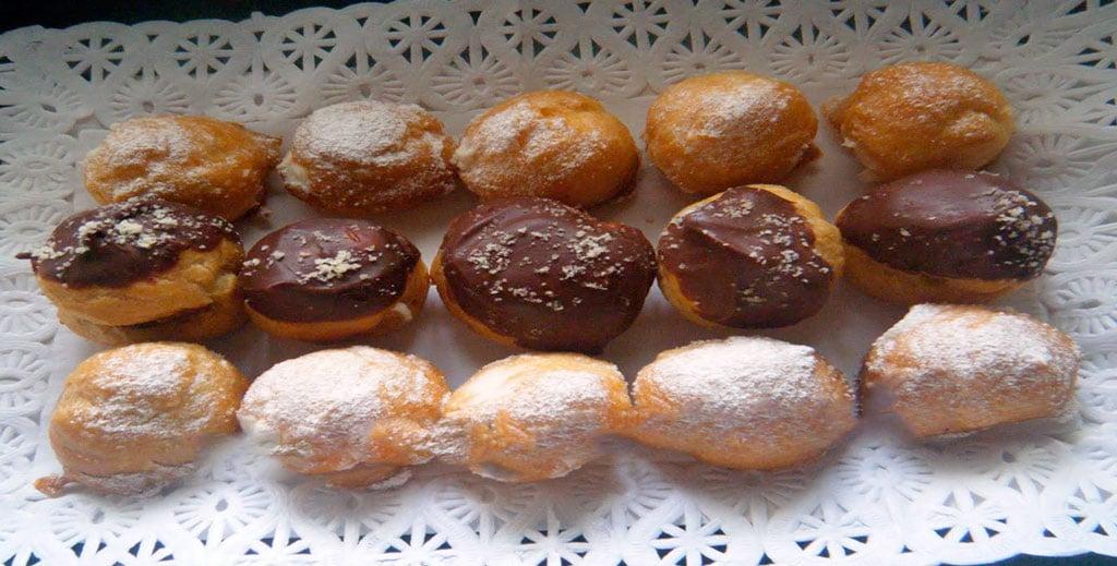 Lionesas Rellenas de Nata y Chocolate