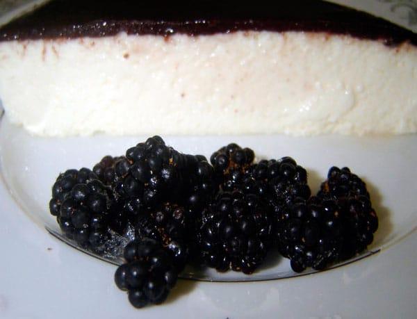 tarta-de-queso-con-mermelada-de-moras-thermomix